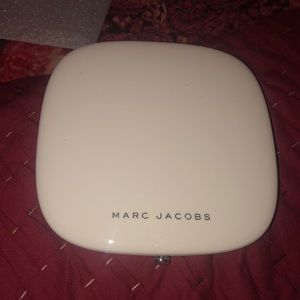 Marc Jacobs Omega Bronzer in 104